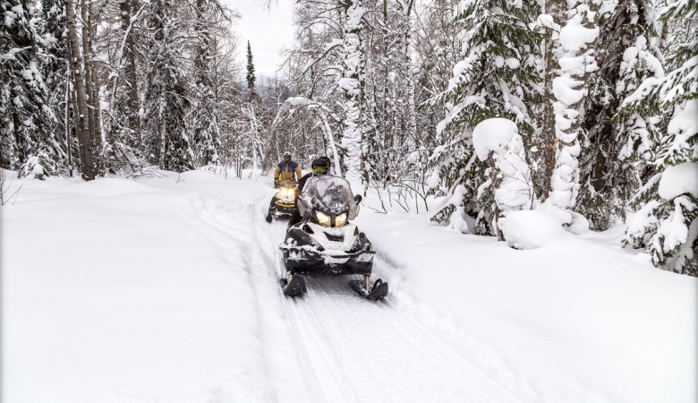 Snowmobiling <span>with professional instructors </span> - 3 - Zakopane Tours